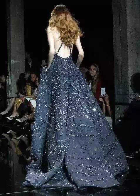 Dior蓝,全世界最美的衣服们